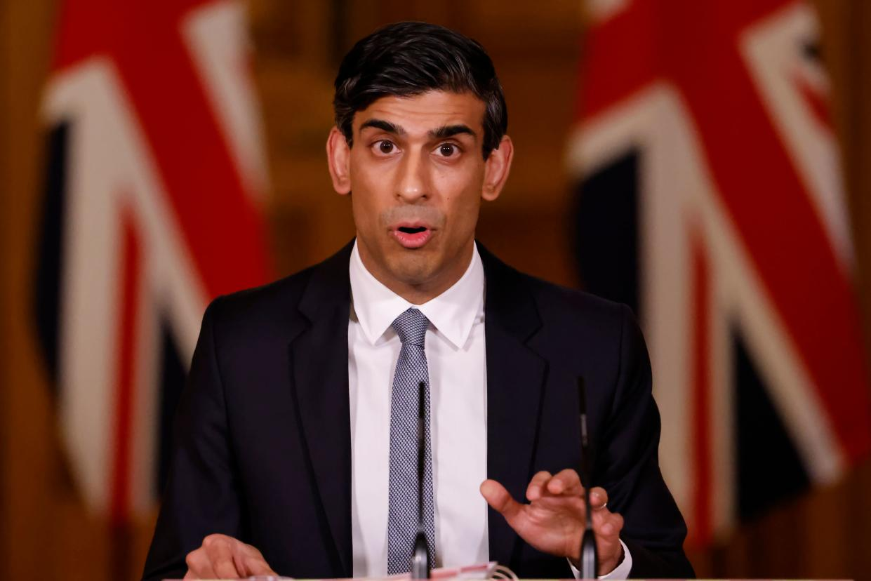 Britain's Chancellor of the Exchequer Rishi Sunak attends a virtual press conference inside 10 Downing Street in central London on March 3, 2021, following his earlier Budget. - Britain on Wednesday sharply cut the growth forecast of its coronavirus-ravaged economy, warning the pandemic was still causing