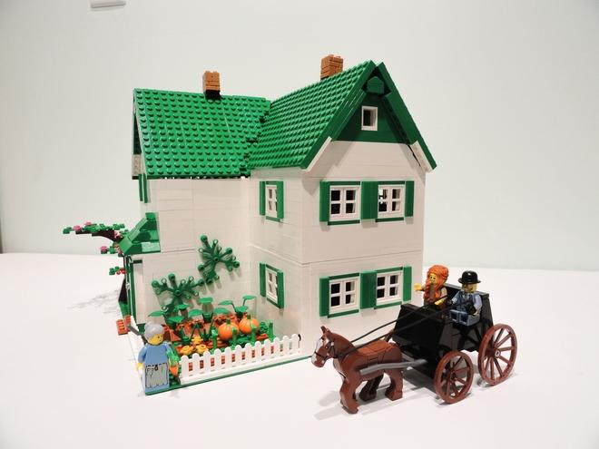 "<p>Clarke needs 10,000 votes for Lego's board of set designers and marketing representatives to review the idea and decide whether to turn it into a product for consumers. Photo from <a rel=""nofollow"" href=""https://ideas.lego.com/projects/161852"">Brick Barn on Lego Ideas </a> </p>"