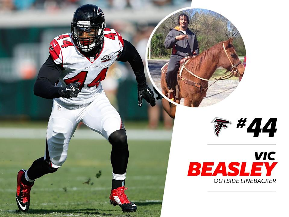 """<p>Vic Beasley must really love the Falcons colors he reps. The 24-year-old linebacker opted for a <a href=""""https://www.instagram.com/p/BEgRiG_QUeB/"""" rel=""""nofollow noopener"""" target=""""_blank"""" data-ylk=""""slk:striking red suit"""" class=""""link rapid-noclick-resp"""">striking red suit</a> at a charity event last year, but at 6'2″ and 236 pounds, it'd be hard to miss him either way. </p>"""
