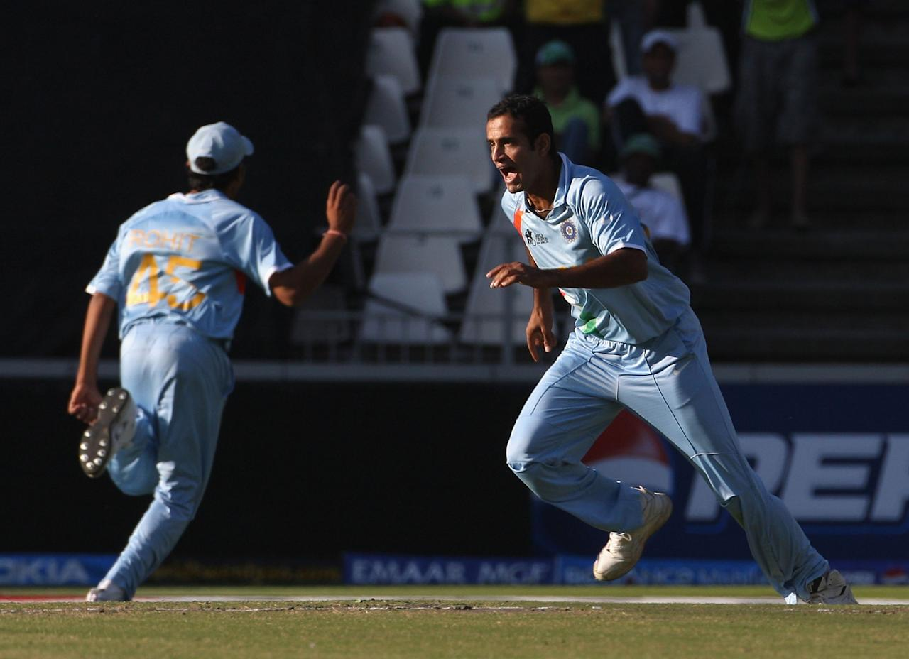 JOHANNESBURG, SOUTH AFRICA - SEPTEMBER 24:  Irfan Pathan of India celebrates the wicket of Shoaib Malik of Pakistan during the ICC Twenty20 Cricket World Championship Final match between Pakistan and India at The Wanderers Stadium on September 24, 2007 in Johannesburg, South Africa.  (Photo by Hamish Blair/Getty Images)
