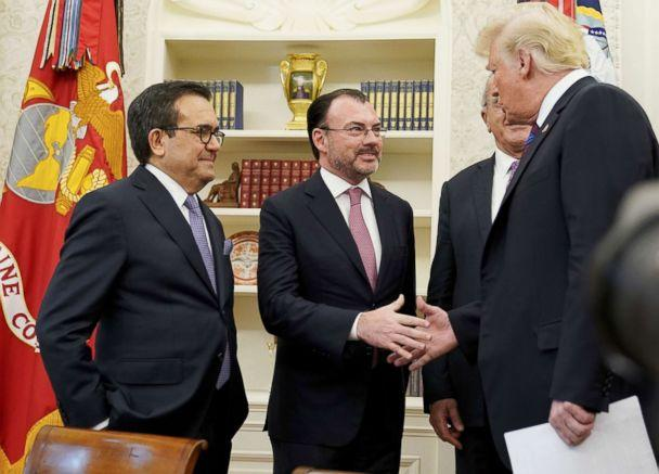 PHOTO: President Donald Trump shakes hands with Mexico's Foreign Minister Luis Videgaray Caso as he arrives to speak on trade in the Oval Office of the White House in Washington, Aug. 27, 2018. (Mandel Ngan/AFP/Getty Images)