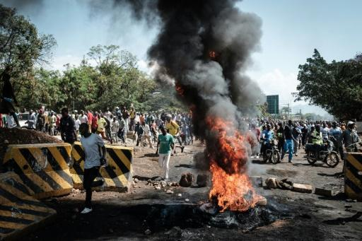 Kenya bans opposition protests as election crisis deepens