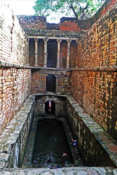 Gandhak ki Baoli, with its sulphur-laden water, in Mehrauli
