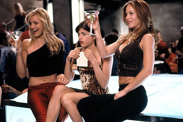 Cameron Diaz, Selma Blair, and Christina Applegate in <em>The Sweetest Thing</em>. (Photo: Everett Collection)