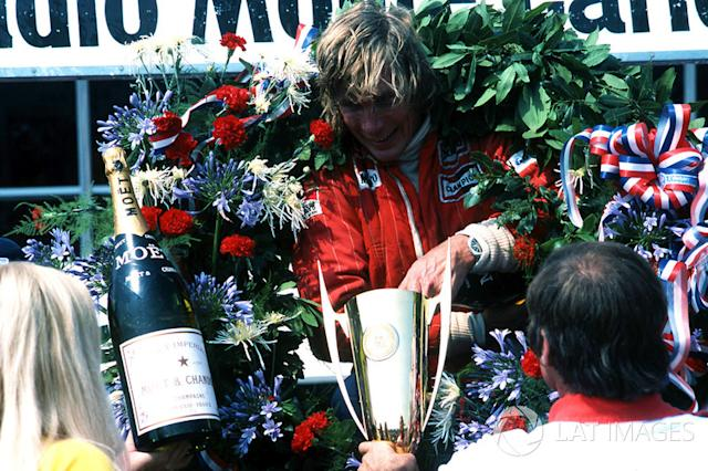 """1976 French GP <span class=""""copyright"""">Sutton Motorsport Images</span>"""