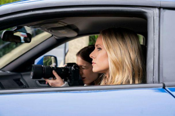 PHOTO: Matty Ross (Izabela Vidovic) and Veronica Mars (Kristen Bell), shown in a scene from Veronica Mars. (Michael Desmond/Hulu)