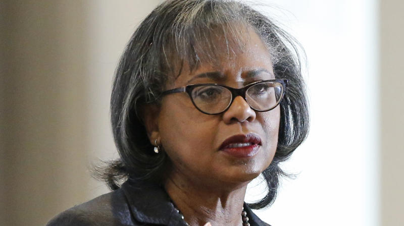 Anita Hill Says Joe Biden's Apology To Her Over The Clarence Thomas Hearing Is Not Enough