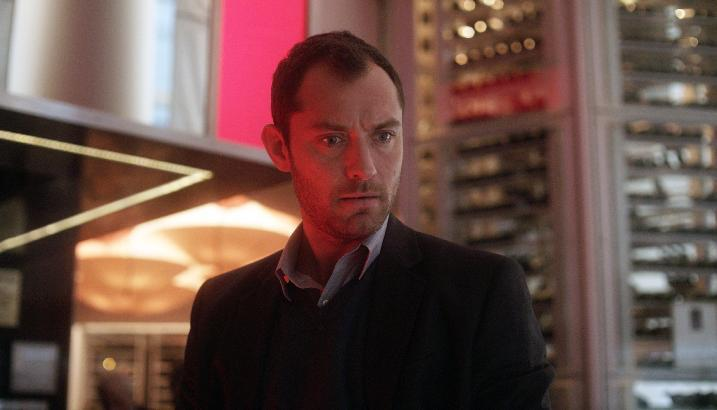 """This film image released by Open Road Films shows Jude Law in a scene from """"Side Effects."""" (AP Photo/Open Road Films)"""
