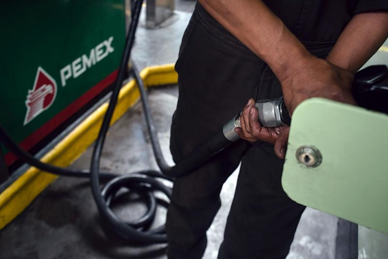 Mexico Pressures Pemex on Spending to Meet Fiscal Targets