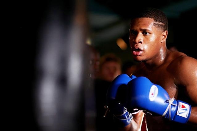 "<a class=""link rapid-noclick-resp"" href=""/ncaaf/players/287806/"" data-ylk=""slk:Devin Haney"">Devin Haney</a> trains during a media workout at Rathbone Boxing Club on Sept. 27, 2019 in London. (Photo by Jack Thomas/Getty Images)"