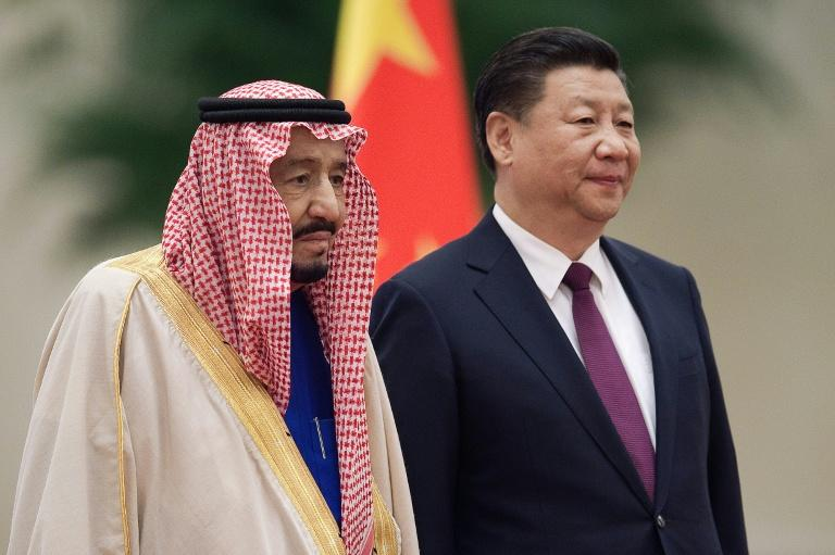 Chinese President Xi Jinping (right) welcomed Saudi King Salman bin Abdulaziz at the Great Hall of the People as Beijing continues a charm offensive toward the Middle East