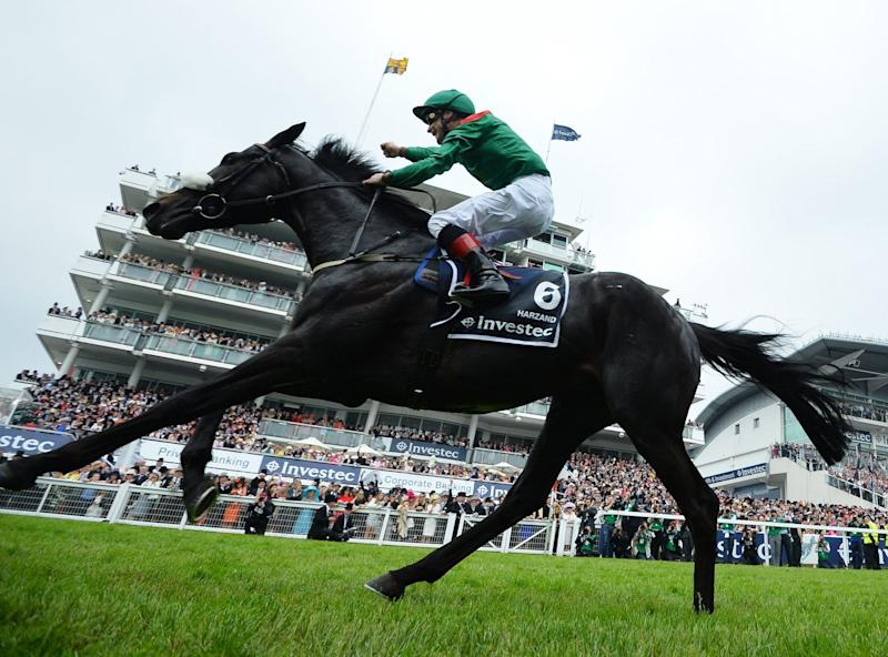 Smullen on Harzand celebrates after winning the Derby at Epsom, 2016 - GLYN KIRK/AFP via Getty Images