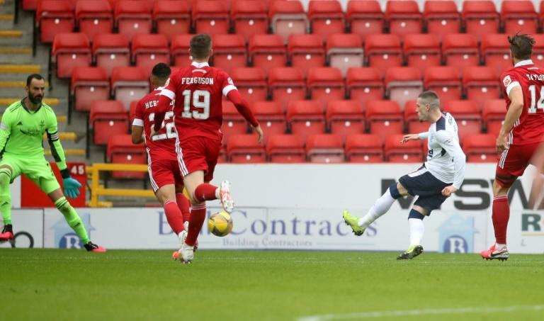 Ryan Kent (second right) scored the only goal of the game in Rangers' 1-0 win at Aberdeen (AFP Photo/Andrew Milligan)