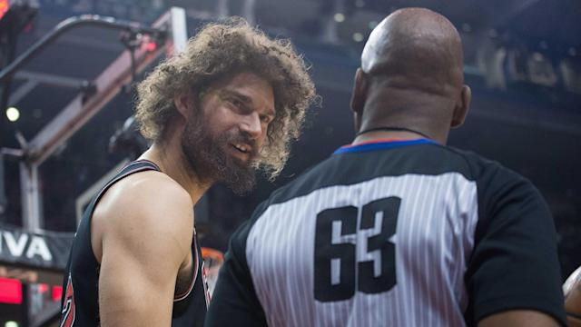 Although DeMarcus Cousins' Warriors debut is near, Golden State is still lacking depth at center. If Robin Lopez is bought out, he reportedly has his eyes on the Bay Area.