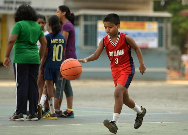 NBA to set up worldwide basketball schools