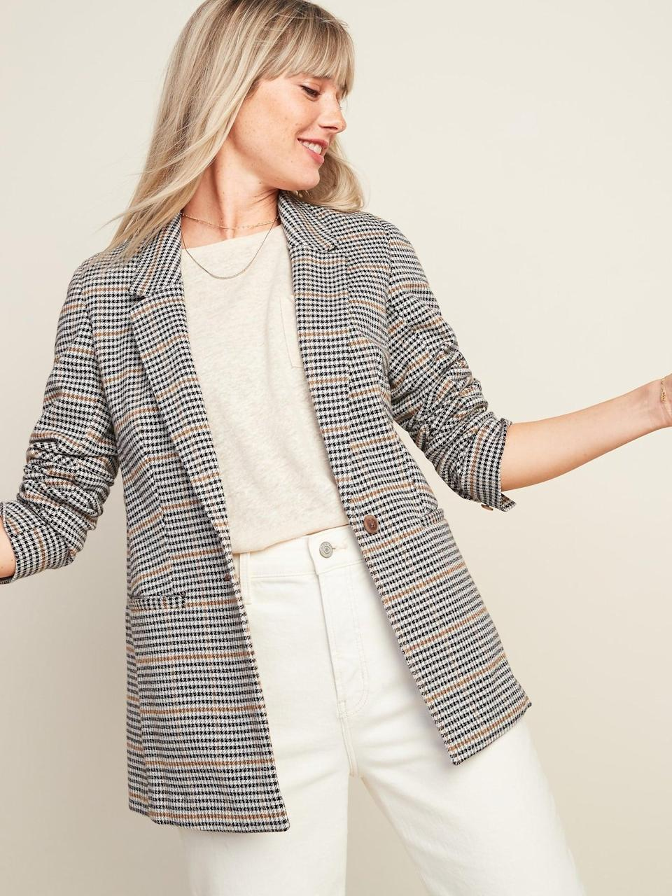 <p>Go from the office to happy hour with this <span>Patterned Blazer</span> ($40, originally $50) paired with a knit sweater and your favorite denim jeans.</p>