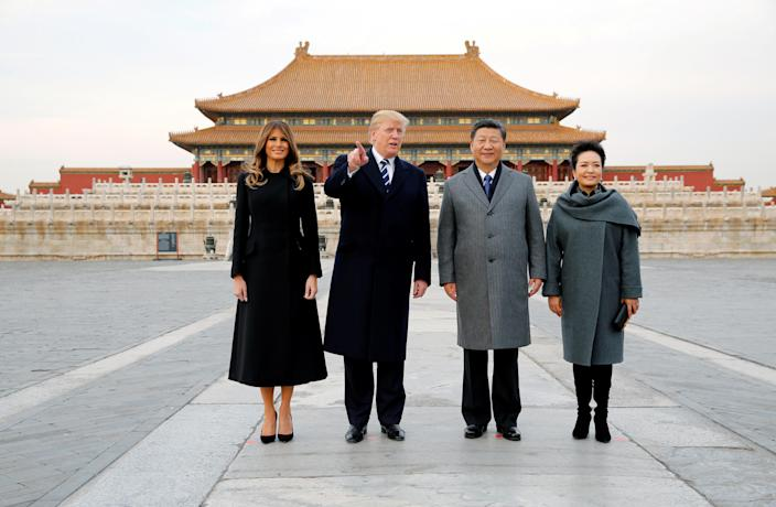 <p>President Donald Trump and First Lady Melania visit the Forbidden City with China's President Xi Jinping and China's First Lady Peng Liyuan in Beijing, China, Nov. 8, 2017. (Photo: Jonathan Ernst/Reuters) </p>