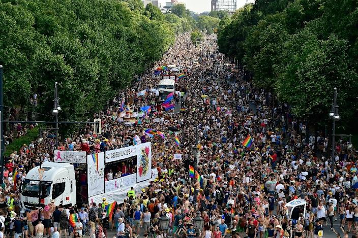 Thousands attended the Christopher Street Day gay pride parade walk through the streets of Berlin on Saturday (AFP Photo/Tobias SCHWARZ)
