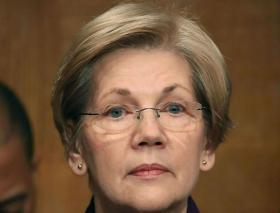 Elizabeth Warren says Barack Obama does not understand 'lived experience of most Americans'