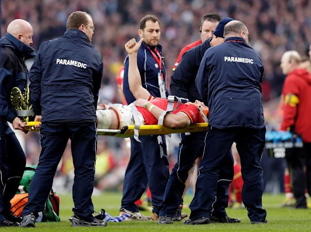 FILE PHOTO: Rugby Union - England v Wales - RBS Six Nations Championship 2016 - Twickenham Stadium, London, England - March 12, 2016 Wales' Sam Warburton goes off injured Action Images via Reuters/Henry Browne/File Photo