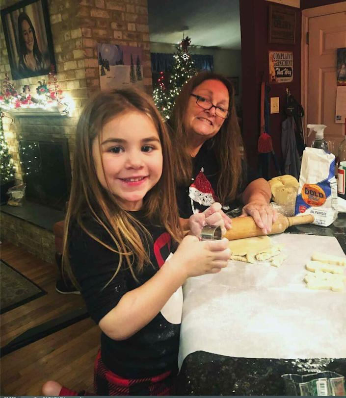 Joanne H. Clough and her granddaughter, Carter, make Christmas cookies in December 2019. (Photo: Courtesy Joanne Clough)