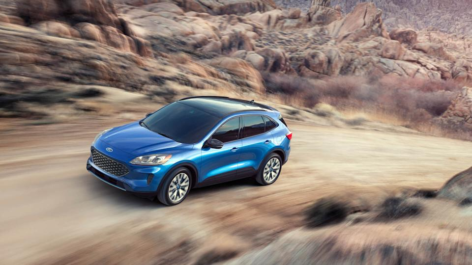 Completely redesigned new 2020 Escape best offers four new propulsion choices ? including two all-new hybrids; standard hybrid targets best-in-class EPA-estimated range of more than 550 miles; plug-in hybrid targets a best-in-class EPA-estimated pure-electric range of 30+ miles.