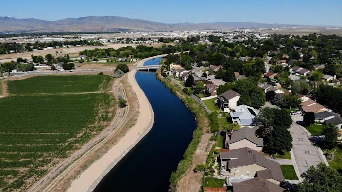 The city of Boise planned for decades to develop a regional park at left, north of the New York Canal between Maple Grove and Cole roads. The park would have included baseball diamonds and soccer fields. The Murgoitio family still farms the land it sold to the city in the 1990s. Homeowners in nearby Southwest Boise neighborhoods were patiently waiting for the promised park but learned late this spring that a land swap might bring houses there instead.