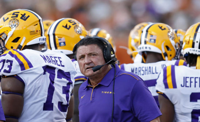 LSU Tigers head coach Ed Orgeron huddles with the team during a timeout in the game against the Texas Longhorns Saturday Sept. 7, 2019 at Darrell K Royal-Texas Memorial Stadium in Austin, Tx. ( Photo by Edward A. Ornelas )