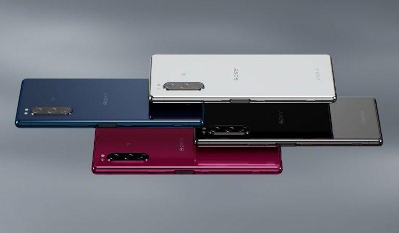 Sony's Xperia 5 is essentially their compact version of their flagship smartphone, the Xperia 1. — Picture via SoyaCincau