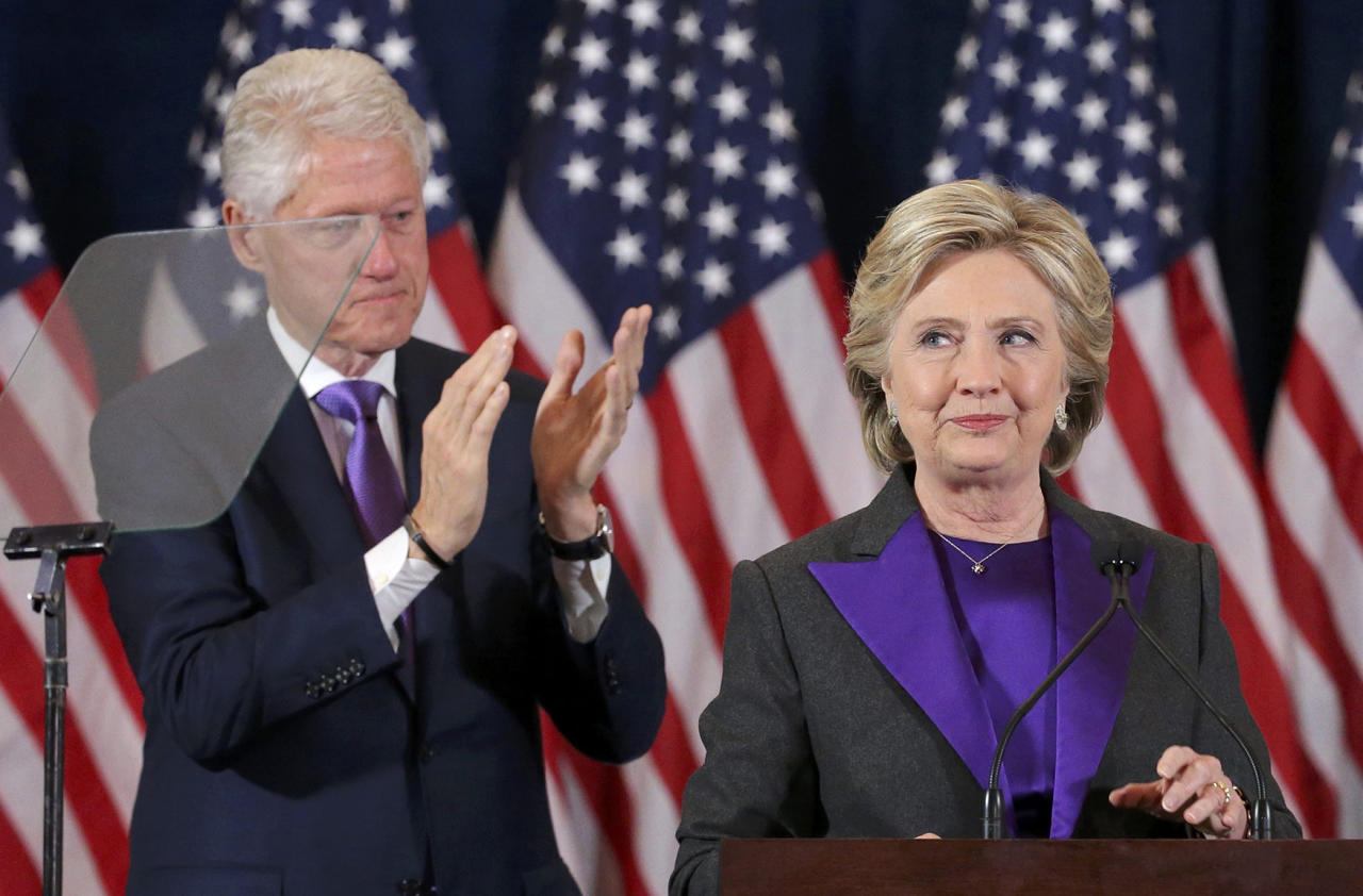 <p>Hillary Clinton addresses her staff and supporters about the results of the U.S. election as former U.S. President Bill Clinton applauds at a hotel in the Manhattan borough of New York, U.S., November 9, 2016. (REUTERS/Carlos Barria_ </p>
