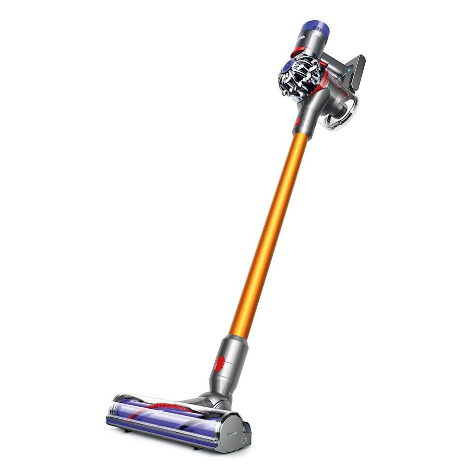 "<p><strong>Dyson</strong></p><p>walmart.com</p><p><strong>$489.99</strong></p><p><a href=""https://go.redirectingat.com?id=74968X1596630&url=https%3A%2F%2Fwww.walmart.com%2Fip%2F53356538&sref=https%3A%2F%2Fwww.menshealth.com%2Ftechnology-gear%2Fg35713163%2Fbest-vacuum-pet-hair%2F"" rel=""nofollow noopener"" target=""_blank"" data-ylk=""slk:BUY IT HERE"" class=""link rapid-noclick-resp"">BUY IT HERE</a></p><p>This cordless, stick vacuum can clean for up to 40 minutes without needing to recharge. Designed for total convenience, it comes with wall mounting capabilities so you can have it ready to go on a closet, pantry or mud room wall. It can be used anywhere, but is particularly effective on hard surfaces, making it one of the best vacuums for pet hair on hardwood floors. The HEPA filtration system traps allergens.</p>"