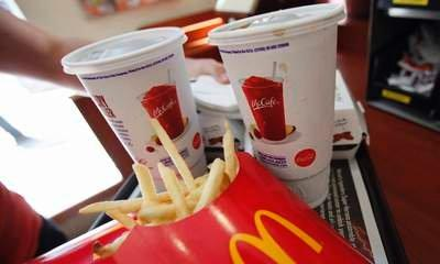 McDonald's To Recruit 8,000 Young Staff
