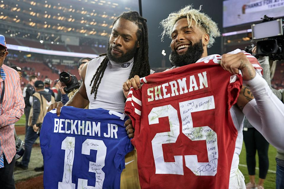 The NFL wants to ban these postgame jersey exchanges this season because of the coronavirus. (Robin Alam/Getty Images)