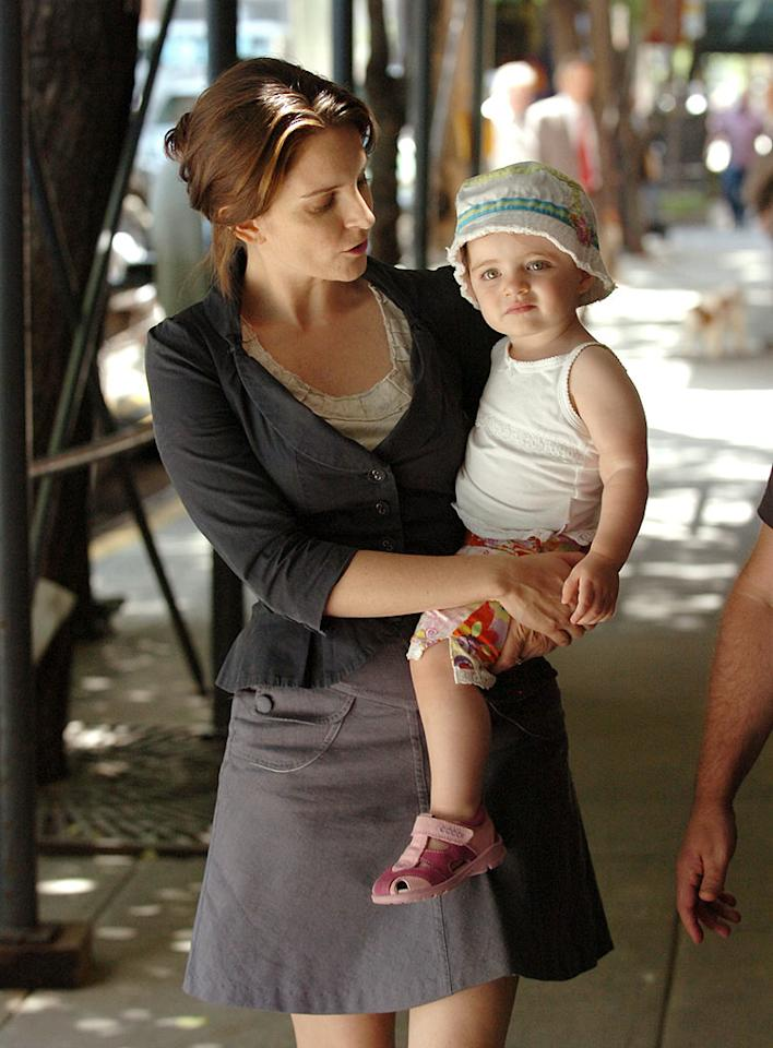"Working mom Tina Fey takes a break on the set of ""Baby Mama"" to play baby mama to daughter Alice. <a href=""http://www.wireimage.com"" target=""new"">WireImage.com</a> - June 23, 2007"