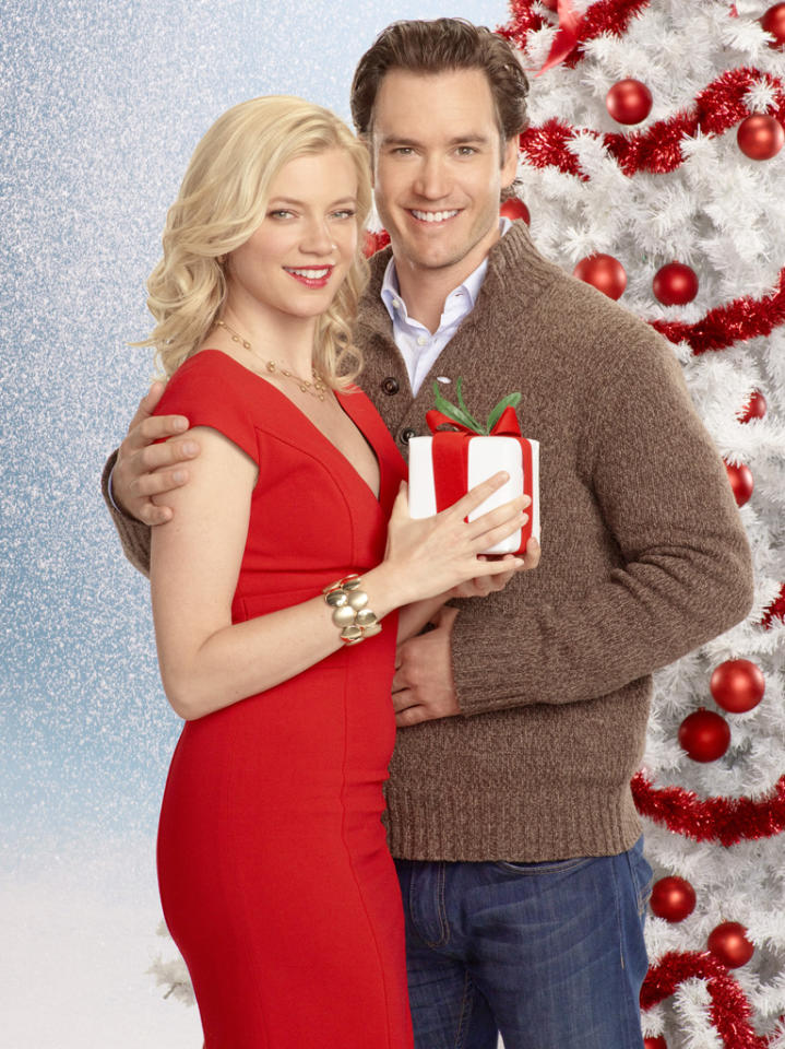 """12 Dates of Christmas"" on ABC Family 
