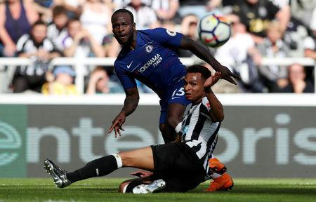 Soccer Football - Premier League - Newcastle United vs Chelsea - St James' Park, Newcastle, Britain - May 13, 2018 Chelsea's Victor Moses in action with Newcastle United's Jacob Murphy REUTERS/Scott Heppell