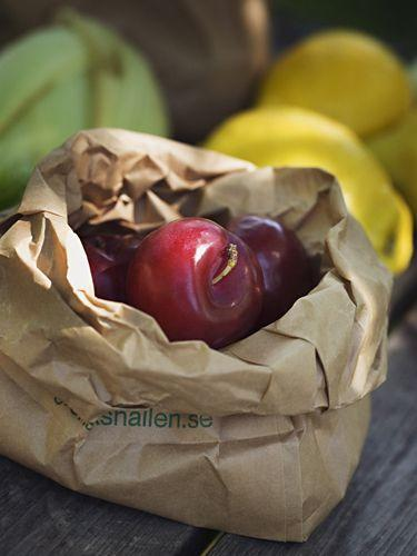 <p>To ripen fruit overnight, place it in a paper bag with an apple. Apples release ethylene gas that hastens the maturing process of other fruits.</p>