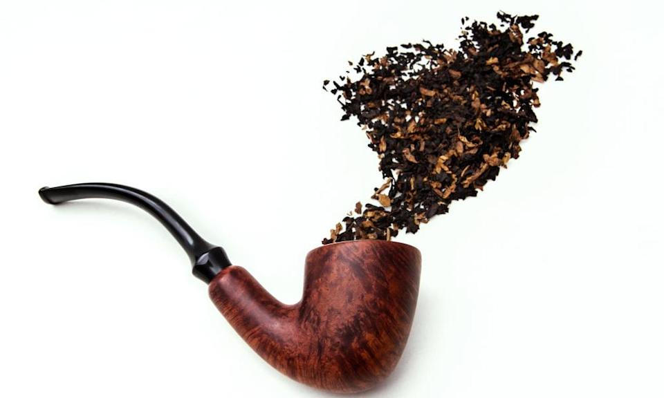 A smoking pipe with tobacco