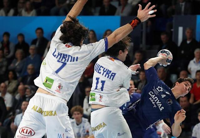 Diego Simonet (R) of Montpellier HB in action during the EHF Champions League handball match between Montpellier HB and Ademar Leon, in Montpellier, southern France. EFE