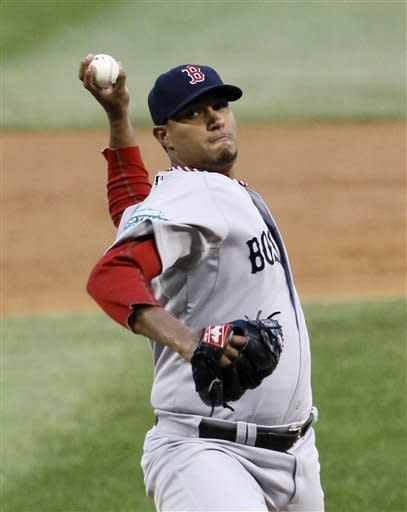 Boston Red Sox relief pitcher Felix Doubront delivers during the first inning of a baseball game against the Chicago White Sox, Thursday, April 26, 2012, in Chicago. (AP Photo/Charles Rex Arbogast)