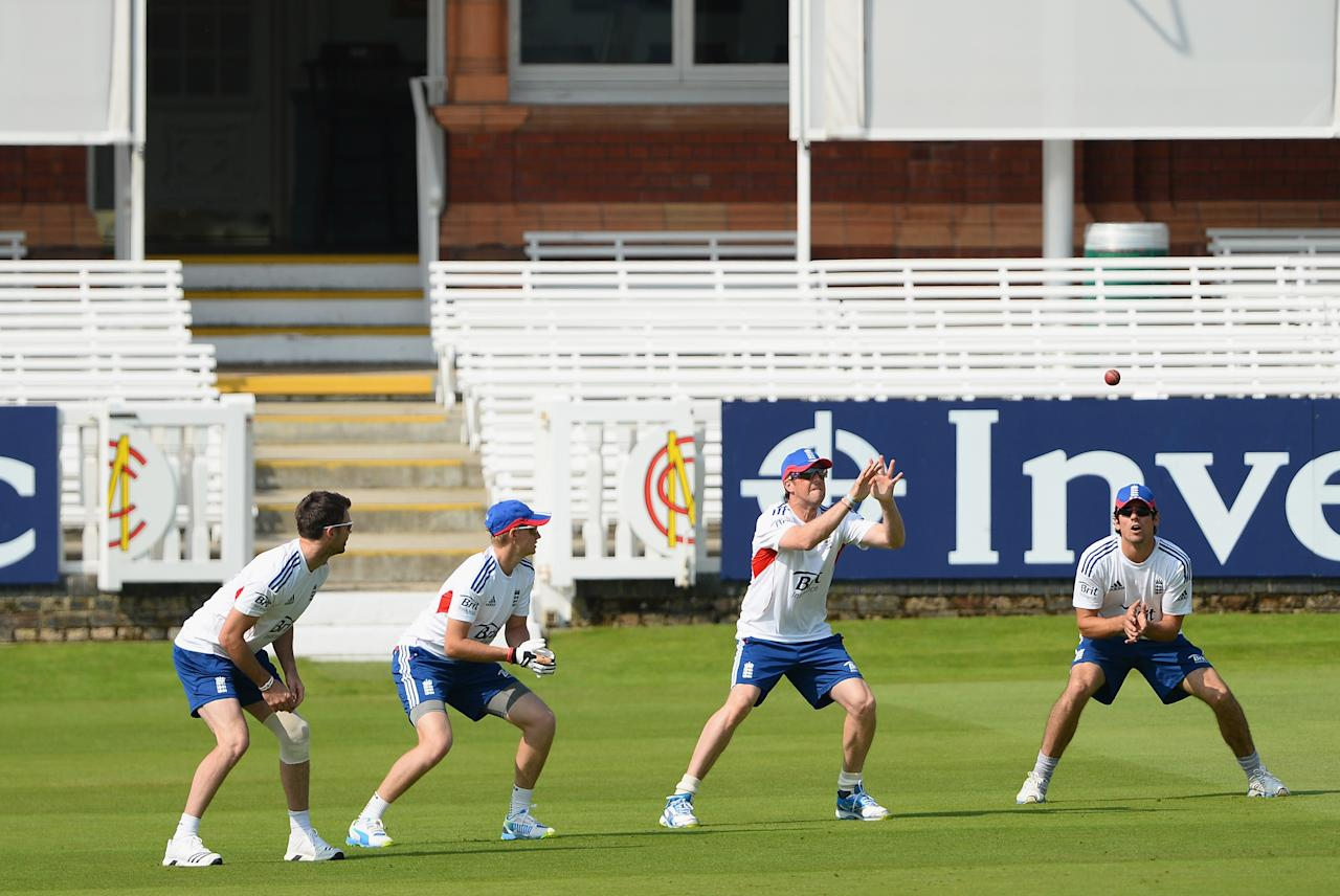LONDON, ENGLAND - JULY 17:  (L-R): Jimmy Anderson, Joe Root, Graeme Swann and Alastair Cook practise their slip fielding during an England Nets Session at Lord's Cricket Ground on July 17, 2013 in London, England.  (Photo by Mike Hewitt/Getty Images)