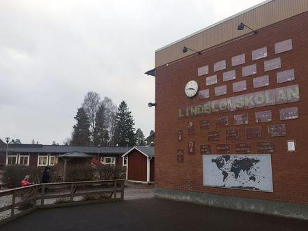 Signs that say 'welcome' in eighteen different languages are displayed on the wall of Lindblom school in Hultsfred, Sweden, February 2, 2016. REUTERS/Daniel Dickson