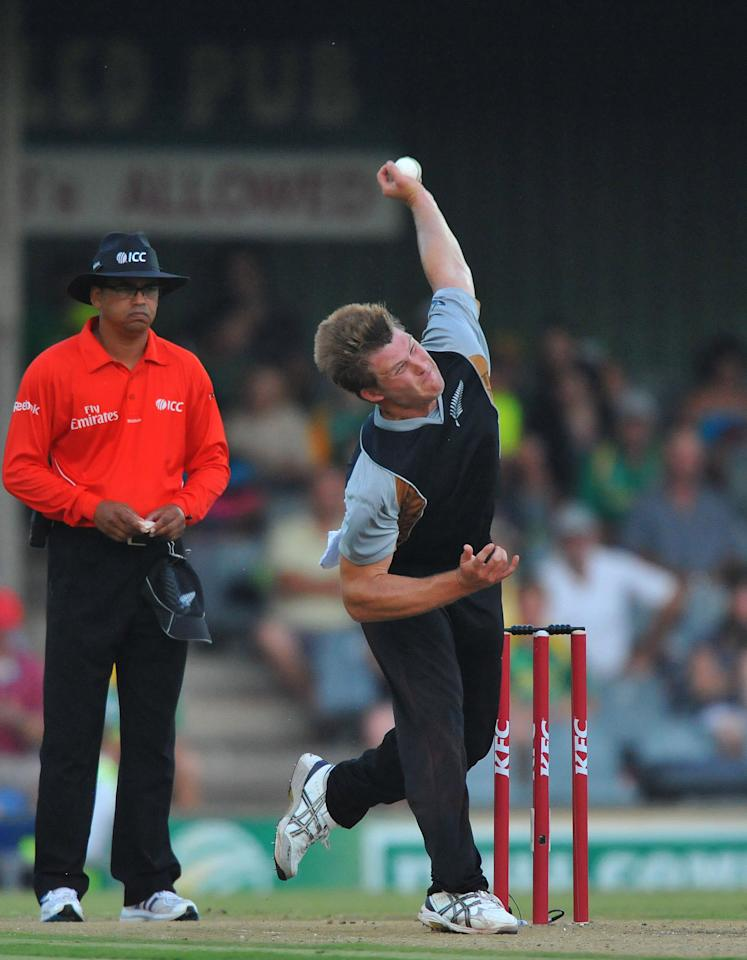EAST LONDON, SOUTH AFRICA - DECEMBER 23:   Corey Anderson of New Zealand sends off a delivery during the 2nd T20 match between South Africa and New Zealand at Buffalo Park on December 23, 2012 in East London, South Africa.  (Photo by Duif du Toit/Gallo Images/Getty Images)