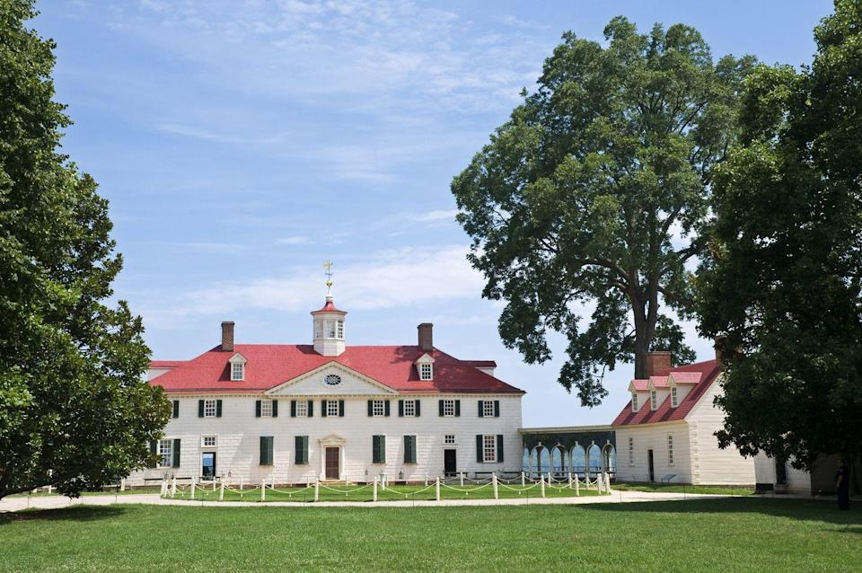 <p>With much of George Washington's historic estate still intact, this Virginian manor is a history buff's dream come true. The one-time home of the Washington family has been turned into a museum, and a trek through the estate's grounds offers a richly immersive experience.</p>