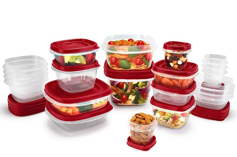 Rubbermaid Easy Find BPA Free Plastic Food Storage Containers have vented lids for easy microwave use. (Photo: Amazon)
