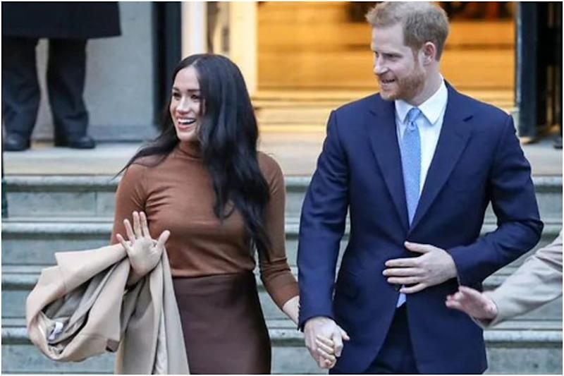 Lawyer of Prince Harry, Meghan Issues Warning Over Photos of Duchess Walking Her Dogs in Canada