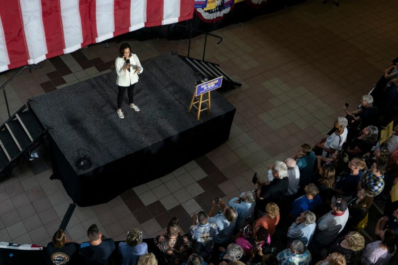 2020 Democratic Presidential hopeful Senator Kamala Harris (D-CA) speaks at a campaign rally in Davenport, Iowa on August 12, 2019. - Harris finishes a multi-day bus tour across Iowa today. (Photo by Alex Edelman / AFP) (Photo credit should read ALEX EDELMAN/AFP/Getty Images)