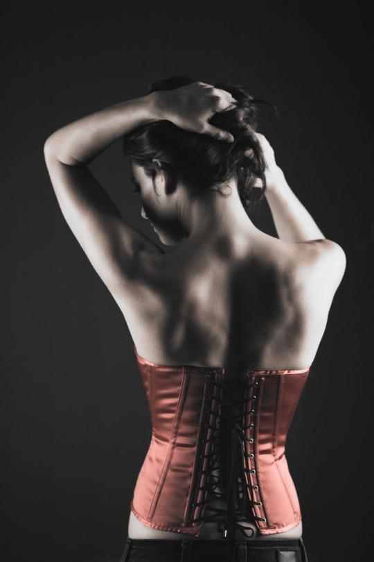 e6b9be87c9e5f Waist Trainers vs. Corsets vs. Post-Pregnancy Garments  What s the  Difference