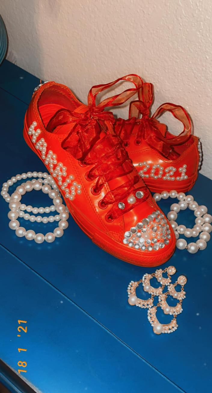 This member used pearls to spell out Harris' name on her red chucks. (Photo: Cri Jackson)