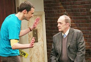 Jim Parsons and Bob Newhart | Photo Credits: Michael Yarish/Warner Bros..